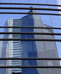 Wavy Lines (hmerinomx) Tags: city blue sky reflection building luz window lines azul mexico ventana daylight df edificio dia cielo reflejo straight curve wavy federal lineas curvas distrito rectas onduladas