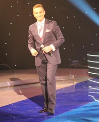 Nusret YILMAZ (Sham-poo7) Tags: music hot shirt shoes dad handsome tie suit hotguy vocal loafers thm trt tsm turkishmusic yakkl turkishguy sanatmzii turkishmusician classicturkishmusic nusretylmaz