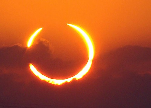7238520494 26e83db376 Solar Eclipse 2012 Ring of Fire photo