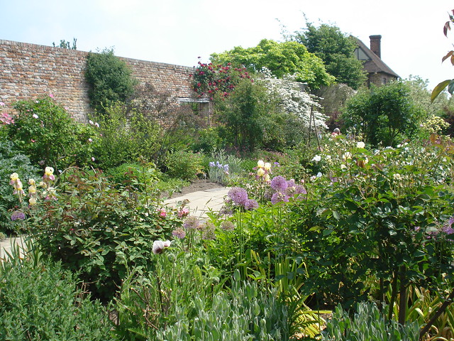 Borders in the Rose Garden at Sissinghurst