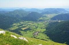 Hochschneeberg 1800 m (anuwintschalek) Tags: summer panorama mountain alps berg june landscape austria view sommer railway valley alpen niederösterreich org alpe tal 2012 schneeberg suvi bergstation cograilway polfilter 18200vr mägi 1800m alpid schneebergbahn talblick salamanderbahn hochschneeberg d7k nikond7000 hammasratasraudtee mägiraudtee mägijaam