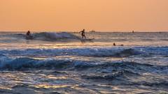 Sunset Surf @ Waikiki (Oliver Leveritt) Tags: ocean sunset beach hawaii surf waikiki oahu surfer honolulu waikikibeach afsdxvrnikkor18200mmf3556gifed oliverleverittphotography nikond7100