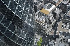 30 St Mary Axe (Vladimir Yaitskiy) Tags: street reflection london glass architecture skyscraper unitedkingdom top foster british gherkin 30stmaryaxe birdseye leadenhall arup skanska neofuturistic