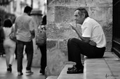 El pensador. (Javi Bermudez) Tags: bw sevilla retrato catedral bn pensador robado pensadora