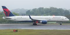 Delta B757-2Q8  N703TW (Harry Stewart (EDI)) Tags: delta boeing 757 deltaairlines edinburghairport