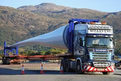 Scania R620 V8 (Mrtainn) Tags: scotland highlands alba escocia lorry alban szkocja v8 windfarm scania esccia schottland westerross schotland ecosse lochalsh scozia skottland rossshire skotlanti skotland kyleoflochalsh broskos caollochaillse esccia skcia r620 albain iskoya  rawtherapee  lochaillse gidhealtachd taobhsiarrois siorramachdrois scoia lraidh tuathanasgaoithe sf60dhc