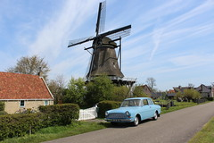 1962 Ford Taunus 12M P4 (Davydutchy) Tags: auto road classic ford windmill car moulin mhle voiture april vehicle taunus molen weg windmolen dyk p4 windmhle 2016 12m klassiek langweer moune langwar mne boornzwaag boarnsweach wynmole