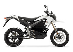 2012_zero-ds_studio_white-rp-white-bg_1680x1200_press (Zero Motorcycles Germany) Tags: motorcycles ktm alternativeenergy zeros recycling motocross mx zero dirtbikes batterie tesla windpower enduro motorcycling motorrad renewableenergy solarpower solarenergy motorrder zerox electricvehicles ebikes electriccars solarenergie greenliving kologie cleanenergy alternativeenergien emobility teslamotors teslaroadster alternativeenergysources nachhaltigkeit cleanairact kostrom chevyvolt brammo teslamodels ridingmotorcycles elektromobilitt elektromotorrad nissanleaf zeromx emobilitt zerods zeroxu zeromxd zeroxd elektromotorrder emotorrad emotorrder emissonsfreiheit grnesfahren zeromotorycles ktmelectricbike dirtbiketrials ridingmymotorcycle ridingmymotorcycles