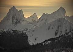 Hozomeen Aglow (justb) Tags: park justin winter sunset sky brown mountain snow ski mountains yellow canon golden washington bc snowy north dramatic goat mount cascades lone rugged manning provincial hozomeen hozameen justb 40d