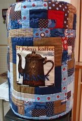 Capa de Galo frente (Coisas de Arteira - Cinthia) Tags: seminole patchwork bolsa manta tecidos necessaire costuras frasqueira caminhodemesa capadegalo janelasdacatedral