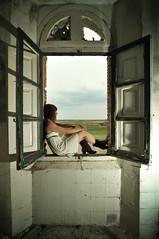Aire fresco... (la.churri) Tags: ventana nikon sb600 paisaje 2012 abandono nines abandonado d90 tokina1224mm strobist