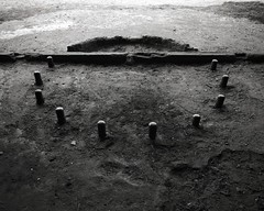 M272 Schartenstand (Komatsu 1000) Tags: bunker 55mm rodinal ijmuiden ilfordfp4 voigtlanderbessaiii667w