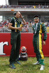 Heikki and his physio Dan on the grid, Spain 2012 (CaterhamF1) Tags: copyright may grand images f1 worldwide formulaone 12 formula1 esp caterham catalan gp montmelo gbr spn all prix on spanish team track barcelona ct01 20122012vitalypetrovheikkikovalainencaterhamf1team