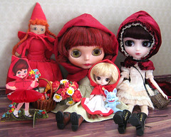 red riding hoods (twinkle_moon_bunny) Tags: red rabbit river paper toys wooden doll dal mini deer collection riding fabric fox owl hood pullip bloody chacha cha gentle copperbeech akazukin bythe elvina docolla