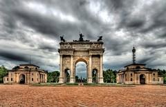 Milano, Arco della Pace (forastico) Tags: day cloudy milano arco d60 arcodellapace forastico nikonflickraward luckyorgood mygearandme