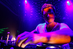 Up close with Fedde le Grand @ Sensation Brazil 2012. (Rudgr) Tags: wallpaper white house brasil dance mr photos pics sopaulo grand images partypics wallpapers dennis armand joris 2012 pavilho sensation ferrer wallaper idt helden sensationwhite fedde armandvanhelden anhembi mrwhite wallapers voorn dennisferrer jorisvoorn feddelegrand wehbba 2000andone sensationbrasil sensationbrasil2012 pavilhoanhembi