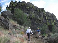 scrambling up Umatilla Rock (jcoutside) Tags: bankslake grandcouleedam grandcoulee basalt dryfalls steamboatrock sunlakesstatepark iceagefloods mosescoulee umatillarock