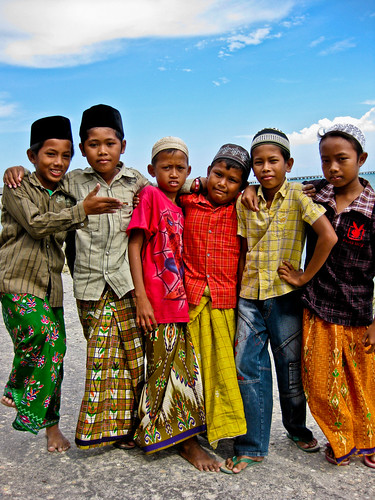 Muslim kids - Pulau Madura - East Java - Indonesia