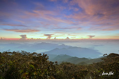 splendor (Azam Alwi) Tags: longexposure sunrise landscape mount slowshutter fujifilm pahang tamannegara leefilters mounttahan semulajadi touit2812 fujifilmxt1 tamannegaragunungtahan