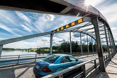 Iisalmi (Tuomo Lindfors) Tags: auto bridge sun lake water car suomi finland clarity dxo vesi jrvi aurinko silta iisalmi topazlabs filmpack porovesi itikansilta itikkasalmi