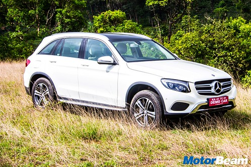 2016-Mercedes-Benz-GLC-28