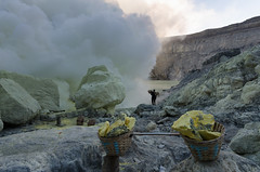 Typical loads to be carried out of the volcano (JohnMawer) Tags: indonesia volcano java jawatimur ijen sempol