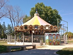 20151008_124406 (ElianaMarlen) Tags: arquitecture architecture street streetphotography photography rosario argentina carousel
