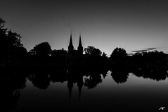 Oostpoort Delft (koolbram) Tags: longexposure sky blackandwhite white black holland water netherlands dutch night dark landscape evening nikon europa europe nederland delft tokina nd gradient 28 landschap zuidholland oostpoort benelux d90 madeinholland nd110 1116mm triggertrap