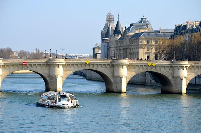 Le PRINTEMPS est revenu à Paris...