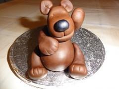 Sugar bear (Kageting.dk) Tags: cake caketopper modelling kage fondant fdselsdagskage sugarmodelling