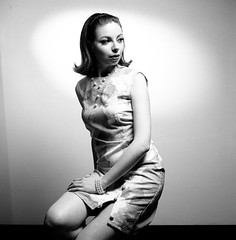 . (Oreste Pantegani) Tags: portrait blackandwhite bw woman 6x6 tlr film analog rolleiflex mediumformat kodak trix hc110 bn negative ritratto bianconero trix400 pellicola biottica