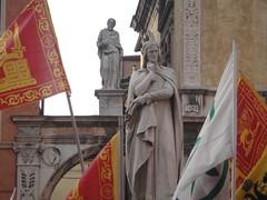 Manifestazione Lega a Verona (Luciana.Luciana) Tags: verona manifestazione veneto dantealighieri umbertobossi tosi lega indipendenza salvini zaia 6aprile2014