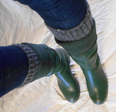 GrnH312 (Lisban2009) Tags: green socks soft with hunter wellies rubberboots gummistiefel creased tourer turneddownwellies foldedwellies