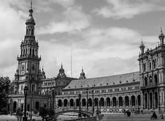 Sevilla (lagosjaime) Tags: espaa mamiya sevilla ilfordhp5400 m645