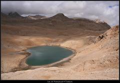 Le lac de coeur (HimalAnda) Tags: blue mountain lake water montagne turkey landscape rocks eau heart lac coeur bleu turquie paysage taurus rochers roche eos400d canoneos400d stéphanebon