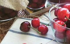 Ciliegie: trucchi, ricette e consigli per conservarle per tutto l'anno (RicetteItalia) Tags: ciliegie ricette autoproduzione