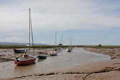 Turning Tide Dee Estuary (cathbooton) Tags: boats tide canoneos merseyside heswall deeestuary canonusers mudbanks