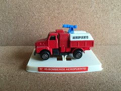 Guisval Number 45 - Bomberos Aeropuerto - ARFF - Airport Fire Engine / Appliance / Apparatus - Miniature Die Cast Metal Scale Model Emergency Services Vehicle (firehouse.ie) Tags: truck toy fire airport spain model engine espana bomberos appliance apparatus brigade diecast bombero bombeiros arff guisval