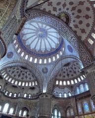Blue Ceiling (Don Csar) Tags: building architecture turkey arquitectura islam religion middleeast mosque round mezquita bluemosque turquia circular techo estambul instanbul musulman sultanahmetcamii mediooriente sultanahmedmosque