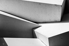 31 (Cubes #2) (chmeermann | www.chm-photography.com) Tags: bw monochrome germany de blackwhite nikon sw nikkor nordrheinwestfalen neuss lightroom 18135 schwarzweis querformat landscapeformat d7100 silverefexpro2