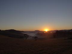 DSC04640 Amanhecer Em Monte Sio MG (familiapratta) Tags: sky sun sol nature iso100 sony natureza cu hx100v dschx100v
