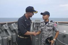 160620-MO883-413 (U.S. Pacific Fleet) Tags: green thailand sailors marines usnavy meet greet carat portvisit thl 2ndbattalion cooperationafloatreadinessandtraining ussashlandlsd48 2ndmarines us7thfleet forwardpresence thaiarmedforces shipformations