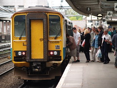 An Arriva Trains Wales Class 153, Shrewsbury (Steve Hobson) Tags: arriva trains wales class 153 dmu shrewsbury shropshire