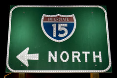 Interstate 15 North (Curtis Gregory Perry) Tags: road old green sign night photography noche photo nikon highway traffic nacht north 15 nat schild freeway signage button noite interstate arrow guide letrero nuit copy notte nos natt bord malam reflector noc enseigne numbered i15 nótt 밤 öö nag gece 招牌 看板 noapte kyltti ночь d300 wegweiser νύχτα 夜 サイン teken indicación liikennemerkki uithangbord вывеска noč đêm ليل écriteau 간판 знак הלילה nakts нощ oíche คืน ноћ gauean रात ღამის રાત פּאָרטלאַנד אָרעגאָן
