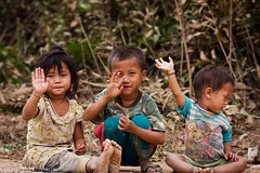 Laos children (M.Bob) Tags: street boy portrait people nature girl smiling kids children happy countryside asia lifestyle editorial laos ef135mmf2l vengvieng