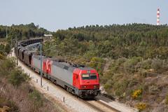 Carvoeiro (Nohab0100) Tags: train tren siemens 5600 locomotive cp comboio pego carvoeiro locomotiva kraussmaffei cpcarga