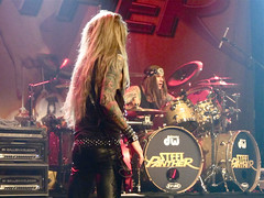 "Steel Panther @ Le Bataclan, Paris, 25.03.2012 • <a style=""font-size:0.8em;"" href=""http://www.flickr.com/photos/35303541@N03/7020181071/"" target=""_blank"">View on Flickr</a>"