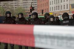 1.Mai Berlin 2012-9237 (Christian Jäger(Boeseraltermann)) Tags: berlin demonstration feuer polizei brutal 1mai pyros barrikaden schläge pyrotechnik polizeigewalt festnahmen tritte schwerverletzt christianjäger wawe10000 boeseraltermann 017634423806
