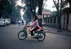 Saigon 1969 - Ngã tư Hồng Thập Tự - Công Lý. (manhhai) Tags: 1969 other places vietnam saigon tray45