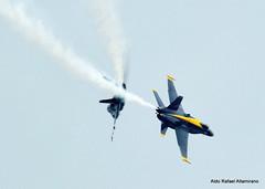 Blue Angels (Rafakoy) Tags: blue sky newyork color beach colors yellow digital team flight longisland demonstration blueangels marinecorps jonesbeach 2012 aerobatic squadron unitedstatesnavy mcdonnelldouglasfa18hornet nikond800 afnikkor105mmf2ddc 2012bethpageairshow